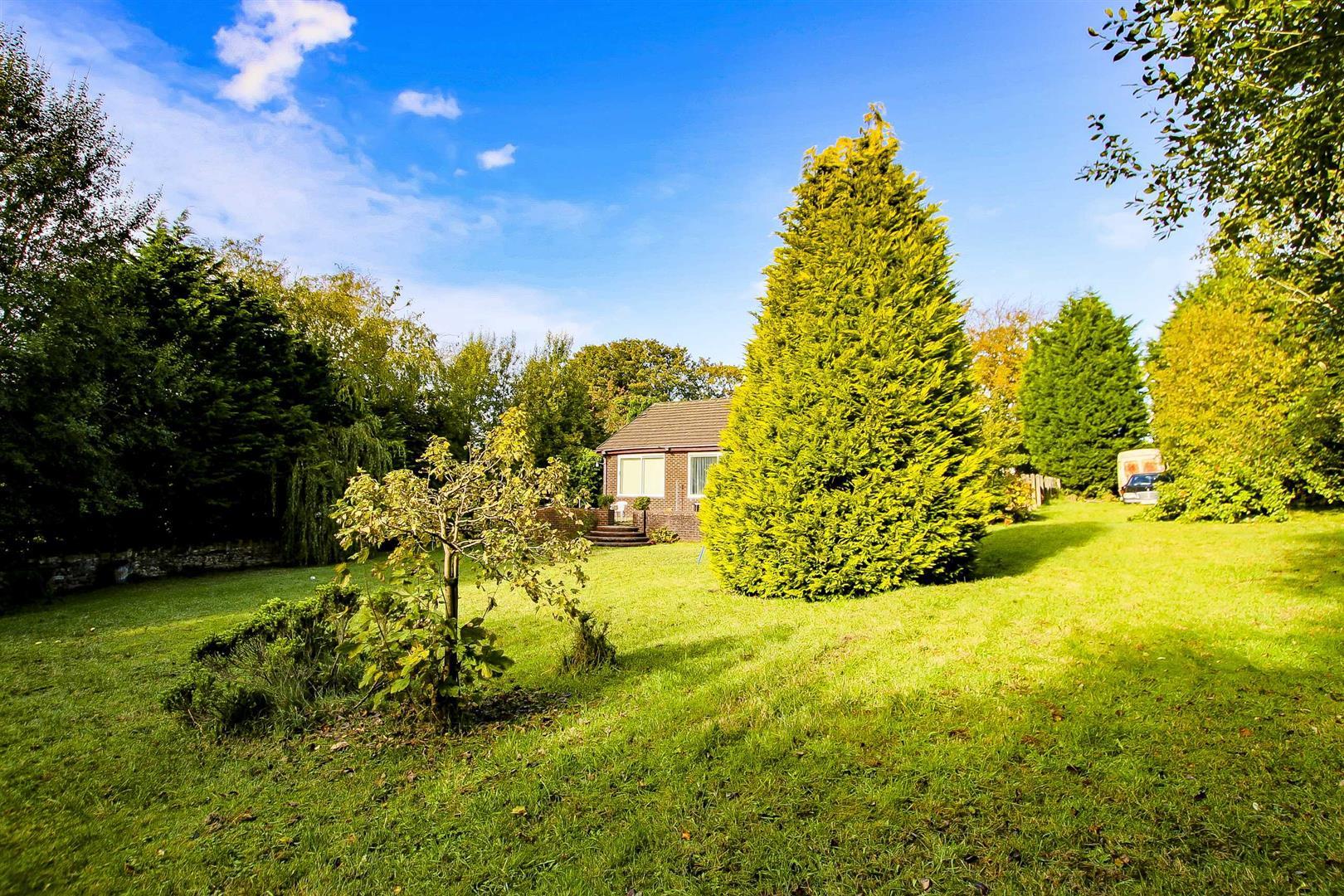 5 Bedroom Building Plot Land For Sale - Image 22